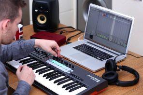 Tastiere MIDI USB per Ableton: Novation Launchkey MK2 con 25/49/61 Tasti